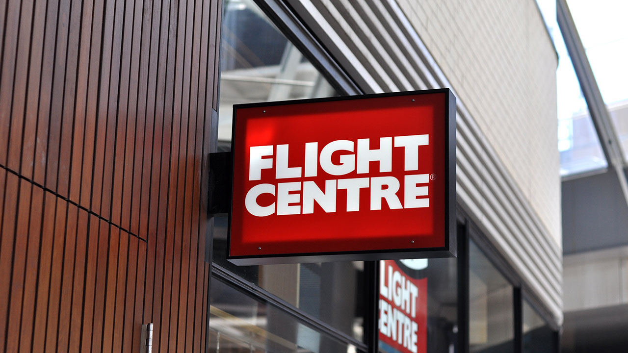 Flight Centre flags third straight earnings fall for FY19