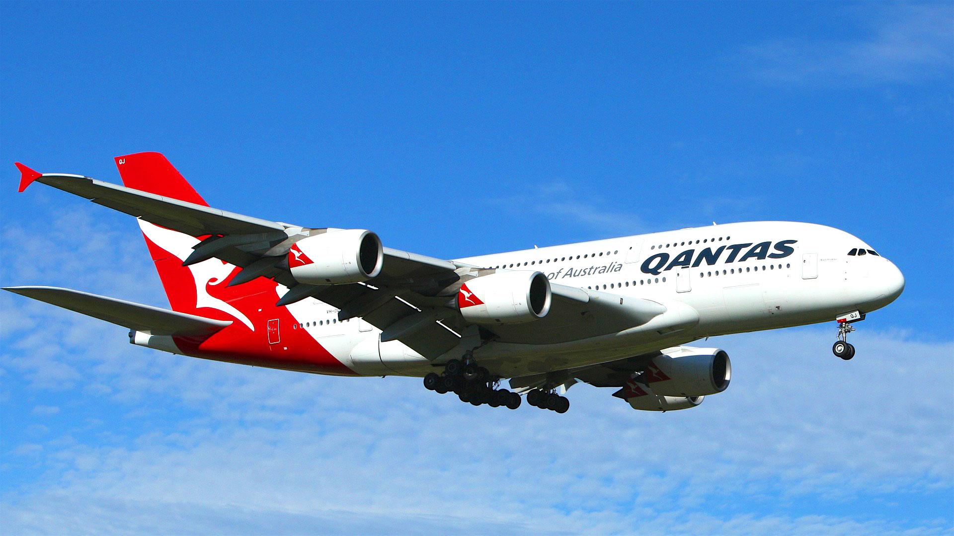 Qantas jet image
